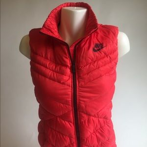 New Nike Duck Down Red Vest size XS